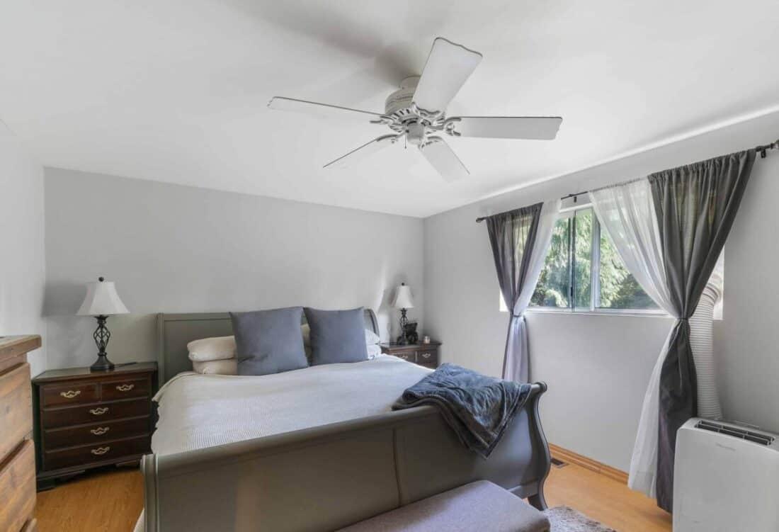 Flush mount ceiling fan in bedroom